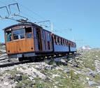 Las cimas de los Pirineos desde el tren de Larrun