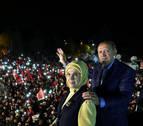 Gana el 'sí' a los cambios constitucionales que dan más poder a Erdogan en Turquía