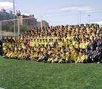 2002: Inauguración del campo de fútbol de hierba artificial de Lagunak