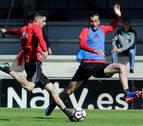 Vujadinovic apunta a titular de Osasuna ante el Sporting