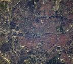El Bernabéu, el Retiro y las grúas del puerto de Valencia se ven desde el espacio