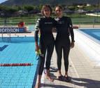 Dos hermanas de Estella nadan para financiar un proyecto de oncología infantil