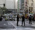 Extinguido el incendio en la cubierta de un edificio de la Gran Vía de Madrid