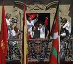 La FNMC avisa a los consistorios de que la ley Local no habilita la ikurriña