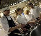 Así trabajan los aprendices de cocina en Navarra