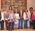 La historia de Mendavia, un regalo en 1.150 libros