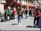 El centro de Tudela, sorprendido por un flashmob de dantzaris y gaiteros