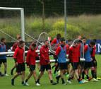 Osasuna se va de vacaciones con ocho bajas y entrenador por contratar