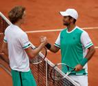 Verdasco da la campanada al derrotar a Zverev en Roland Garros