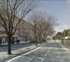 La rotura de una tubería de gas en la calle Concepción Benítez obliga a cerrar su tránsito