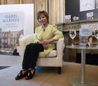 Isabel Allende cree que Donald Trump