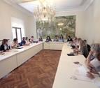Pamplona se plantea limitar a un solo mes la libertad horaria en el Casco Viejo