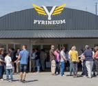Puesta de largo del Centro Internacional de Vuelo 'Pyrineum' en Lumbier