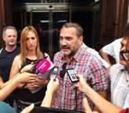 Los sindicatos entregan 3.600 firmas en el Parlamento contra la ley de Policías