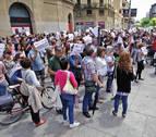 Los profesores de la red concertada exigen a Uxue Barkos que dé la cara