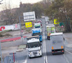 Los transportistas navarros reclaman unos cinco millones a los fabricantes de camiones