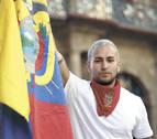 Javier Dueñas, 17 años con el color verde esmeralda en San Fermín