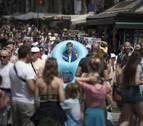 Barcelona cobrará una tasa a visitantes que no duermen en la ciudad