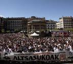 Miles de personas apoyan en Pamplona a los detenidos por la agresión de Alsasua