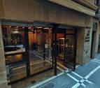 Desalojan un bar del centro de Pamplona por un cortocircuito