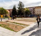 Una votación popular elige cubrir un parque infantil en Burlada