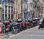 Los moteros plantean utilizar las aceras de Pamplona si se eliminan aparcamientos