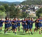 Osasuna se enfrenta esta noche al Huesca en Almudévar