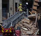 Rescatadas dos personas atrapadas en el derrumbe de una casa en Girona