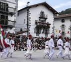 La 'ezpatadantza', momento cumbre de las fiestas de Leitza