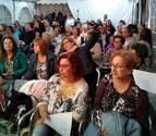 Unas 200 personas se dan cita en un recital nocturno de poesía en Fontellas
