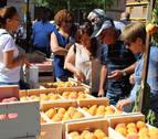 La Feria del Melocotón marca la recta final de la campaña en Sartaguda