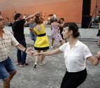 Pamplona baila al compás del swing