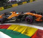 Alonso abandona y estalla por la radio: