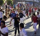 Encierro rápido y sin incidentes de los toros de Alcurrucén en Peralta