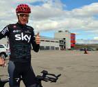 Los corredores más importantes de la Vuelta, ayer en Los Arcos