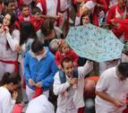 Un chupinazo bailando bajo la lluvia en Viana