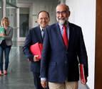 Domínguez defiende su gestión de la sanidad pública frente a las críticas de UPN