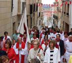 La música y las jotas marcan el paso de la Cruz en Cárcar