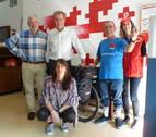 Un peregrino solidario con Cruz Roja en Estella