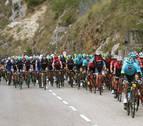 La UCI reducirá a ocho los corredores de los equipos de las grandes vueltas en 2018