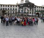 Una concentración por Cataluña enfrenta al tripartito de Tudela