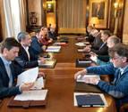 El Gobierno de Navarra destina 2,4 millones a financiar sindicatos y CEN