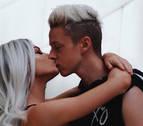 Una 'influencer' retransmite en directo por error un encuentro sexual con su novio