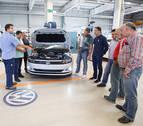 Profesores de FP reciben formación en automoción en Volkswagen Navarra