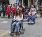 Recorrido por Estella en silla de ruedas para tomar conciencia de las barreras
