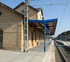 Adif asegura a UPN que no modificará el servicio de tren en la Zona Media