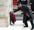 El príncipe Carlos sustituye a Isabel II en el homenaje a los caídos en las guerras