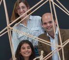 Tres arquitectos instalan en Tudela una estructura contra la violencia de género