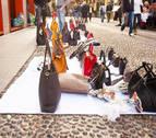 Intervenidos  71 bolsos falsos en el mercadillo de Peralta