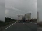 Imputado por conducción temeraria un camionero que arremetió contra otro camión